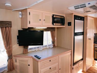 Kedron Caravans Cross Country XC3 kitchen