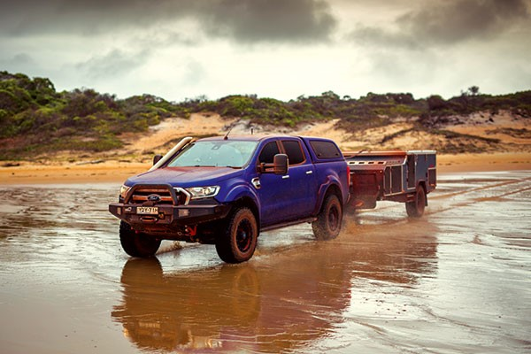 4WD on a rough terrain testing Kumho MT51 tyres