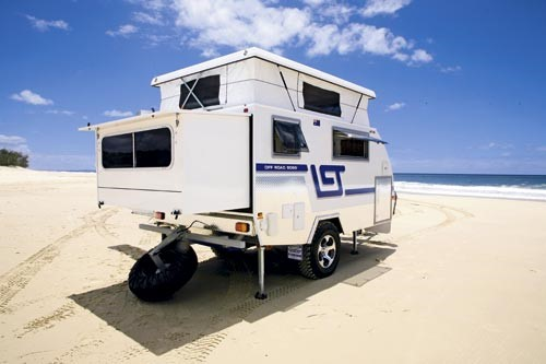 The AT-10 camper trailer expands like a blowfish.