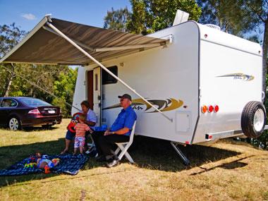 A'van Aspire 499 caravan exterior awning extended