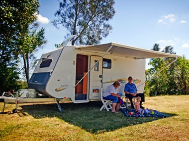 We review the A'van Aspire 499 caravan.