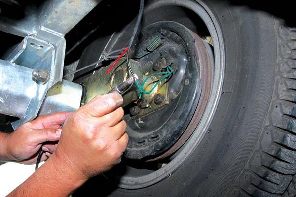 Repairing your van's drum brakes