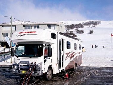 Review: Winnebago Longreach C3135 SL
