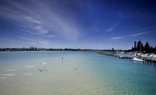 Lani's Holiday Island-01.jpg