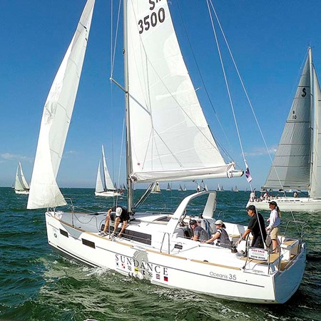The Beneteau Oceanis 35 was only released in September 2014. In January it debuted second at the Fes