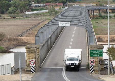Travel: Murray Bridge