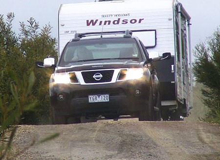 Video tow test: Nissan Navara ST-X 550