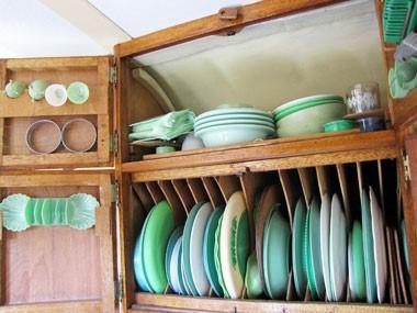 Blog: Vintage van crockery
