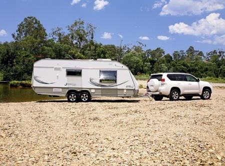 Small in weight, big on features: that's the Jurgens Lunagazer J2405 caravan.