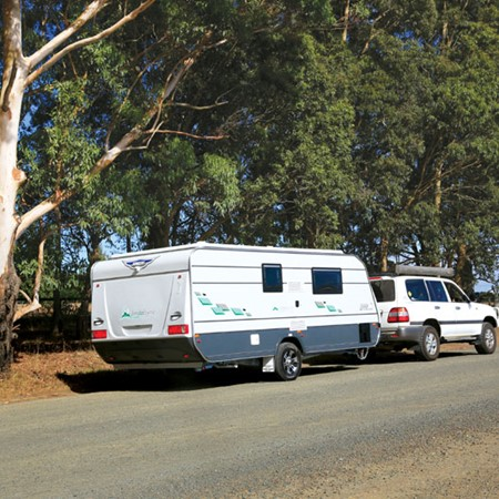 The Jurgens Jindabyne is a modest pop-top equipped with an ensuite suitable for touring couples plan
