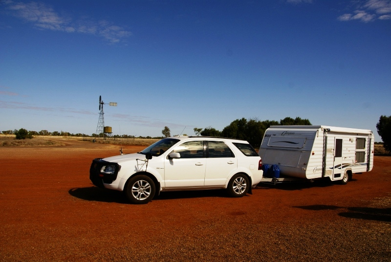 caravan travel in the outback
