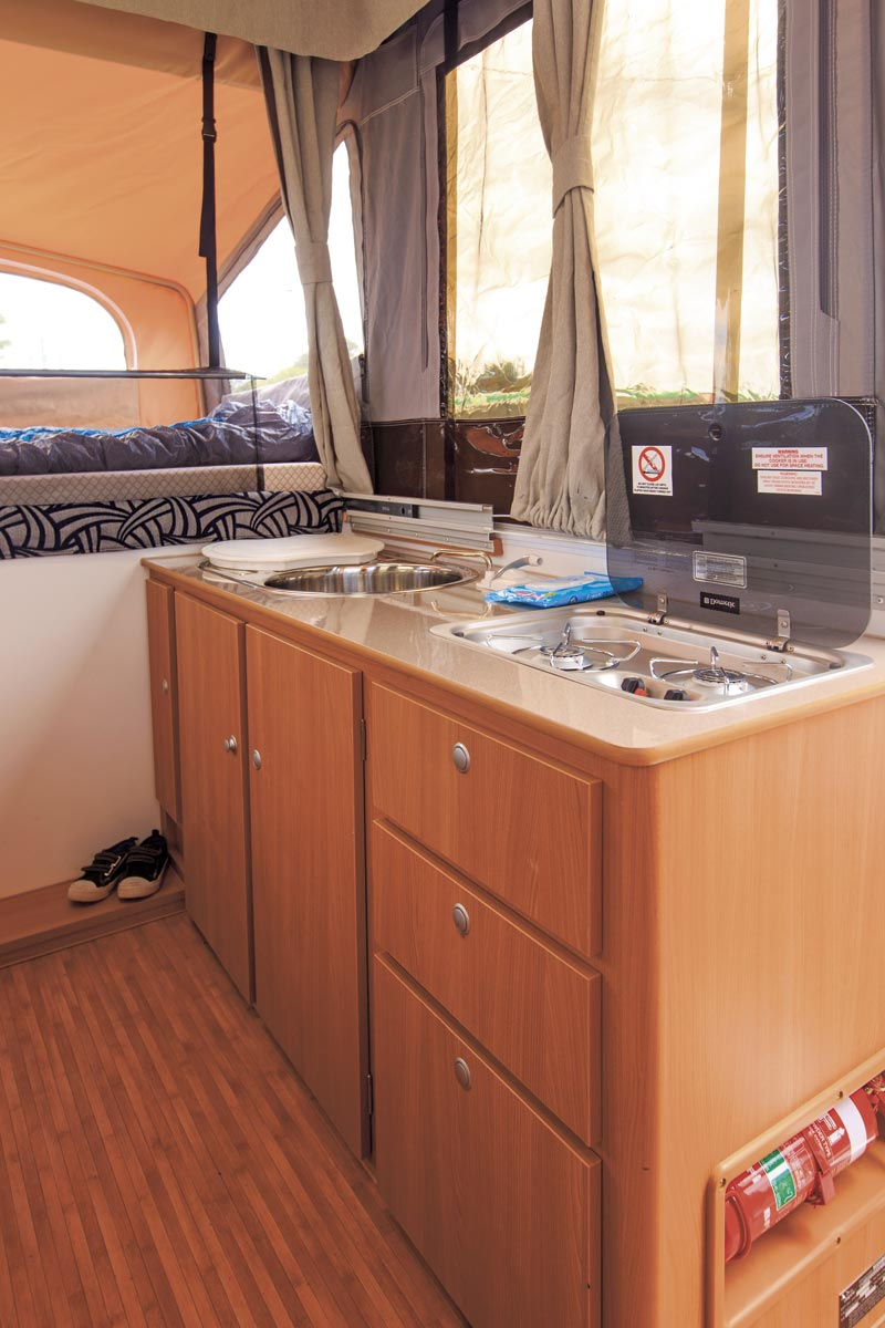 JAYCO SWIFT ON ROAD REVIEW