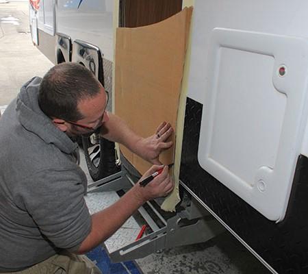 Replacing a caravan door