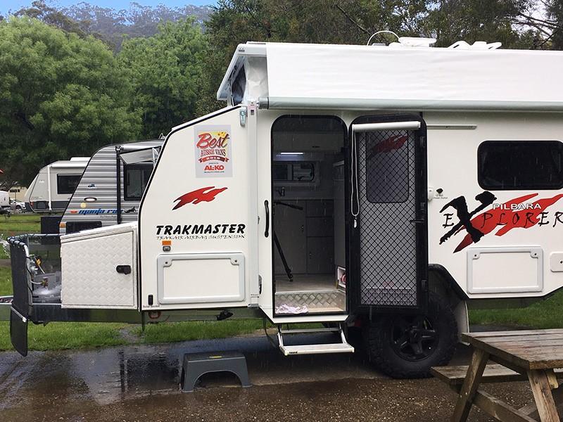 Vans assemble in Wye River for BAV 2016.