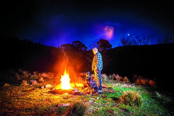 OberonA bush camping Fish River firewood supplied150803 OberonTravel 011