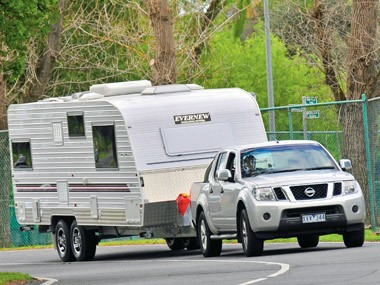 The Evernew E1000 caravan ready not to go home.