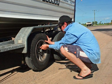 How to avoid tyre trouble