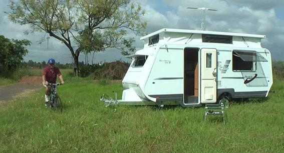 A'van Oscar pop-top caravan.