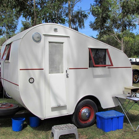 This 1950s vintage caravan weighs in at just 540kg and measures all of 2.8m long.