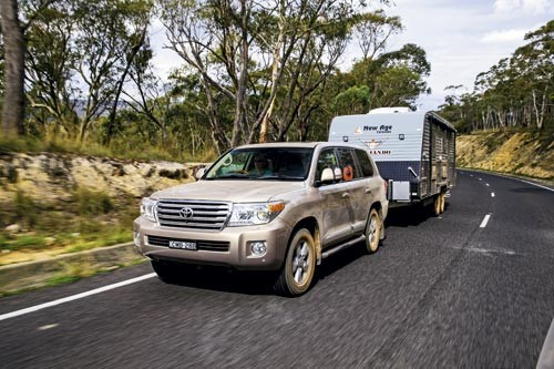 Y62 PATROL vs 200 SERIES LANDCRUISER TOW VEHICLES COMPARED