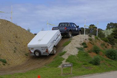 Pic - Off-road double cab and trailer.JPG