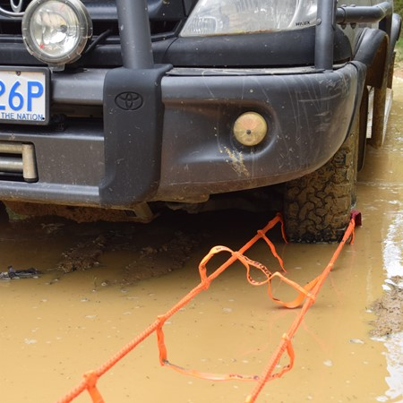 BOG OUT vehicle recovery kit