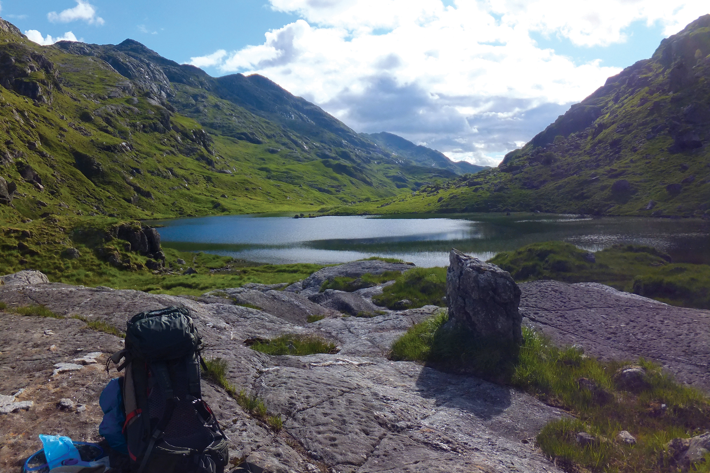 A pit stop at a lochan