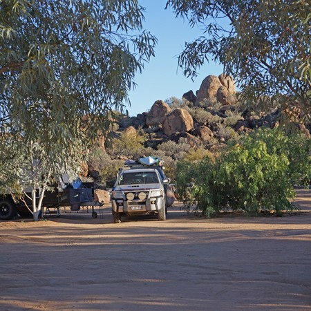 Pitching camp at Tibooburra camping ground